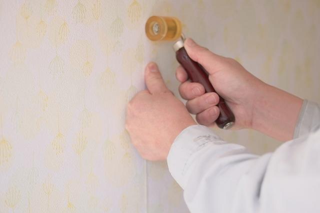 トイレリフォームを神戸でお考えの方へ~壁の汚れ、気になりませんか?~