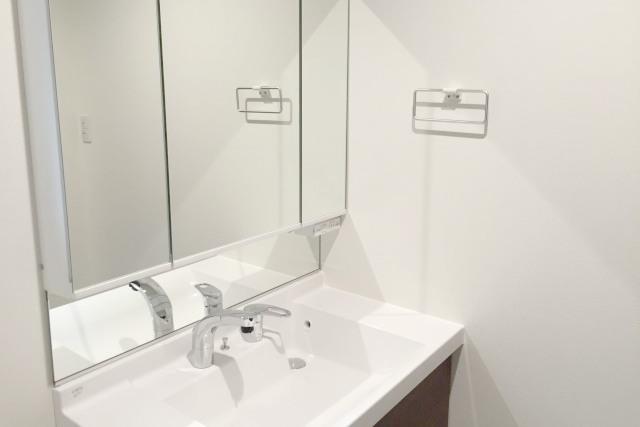 神戸の洗面台リフォームなら【ポラリス・スター株式会社】が承ります~マンションにお住まいの方も~